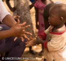 Guinea_ebola_UNICEFimage